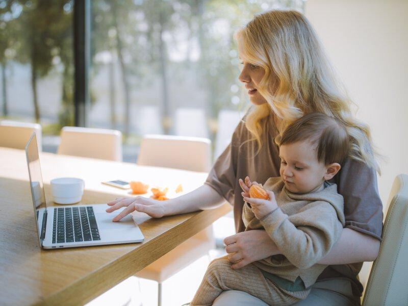 全職媽媽做自由業者